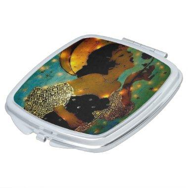 Compact mirror with woman