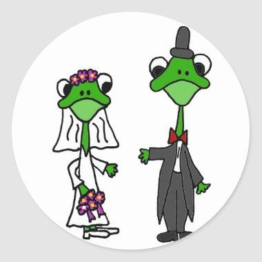 Fun Frog Bride and Groom Wedding Design Classic Round Sticker