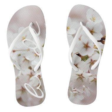 Funky flip flops bride flowers