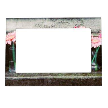 Hot Pink Daisy Magnetic Photo Frame