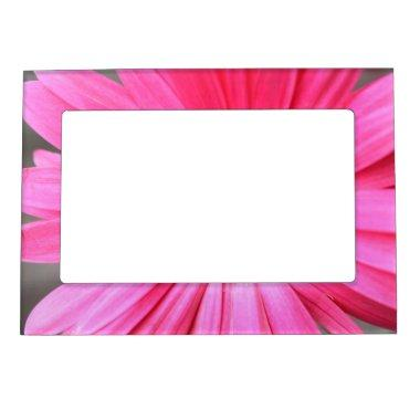 Hot Pink Daisy Magnetic Picture Frame