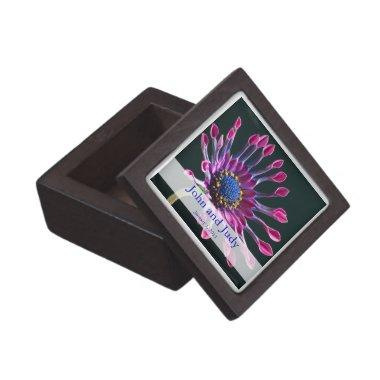 Personalized African Daisy Rose Wedding Gift Box