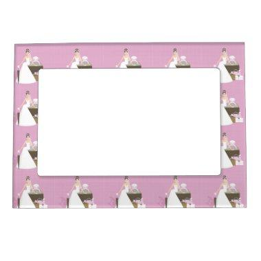 Sitting bride  magnetic frame